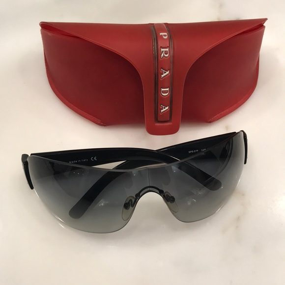 6dc64ea72900 Men s Prada Sunglasses Black. M 5b92ed729e6b5bd7b2548ed1